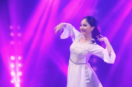 Bước nhảy hoàn vũ 2013: Ngọc Quyên hóa Đào Thị-6