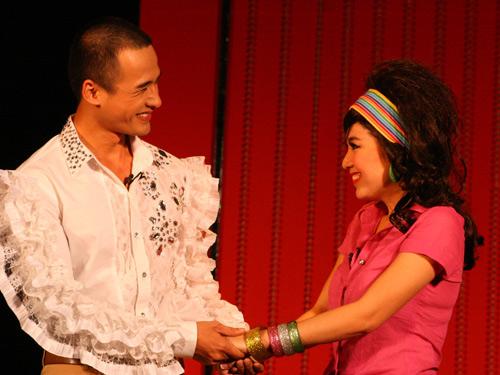"""le khanh: """"vi su nghiep, chua voi ket hon"""" - 3"""