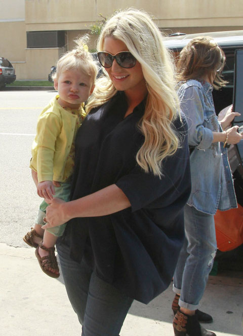 can canh con gai jessica simpson - 1