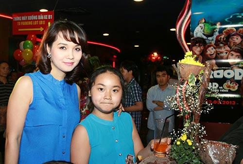 """lan phuong hoi ngo """"doi thu"""" dai su du lich - 11"""