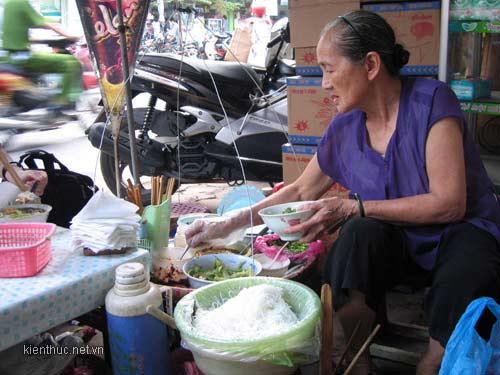 rot nuoc mat nhung phan doi muu sinh quen tuoi - 1