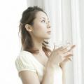 Sức khỏe - Càng nhịn uống nước càng đi tiểu đêm