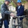 Tin tức - Án oan 10 năm: Ông Chấn ngượng nghịu tập đi xe đạp
