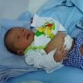 Tin tức - Bị bỏ rơi, bé sơ sinh bị kiến cắn khắp người