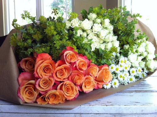 y tuong cam hoa de ban dep lung linh - 1