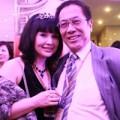"""Làng sao - Lan Hương - Tất Bình và """"sợi dây tình"""" vô hình"""