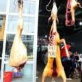 Tin tức - Treo móc động vật ở chùa Hương phải... trang trí