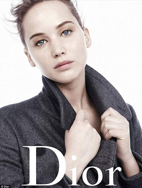 "dior chi 300 ty dong de ""loi keo"" jennifer lawrence - 3"
