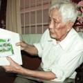 Tin tức - Người đàn ông 50 năm sưu tầm tem về tướng Giáp
