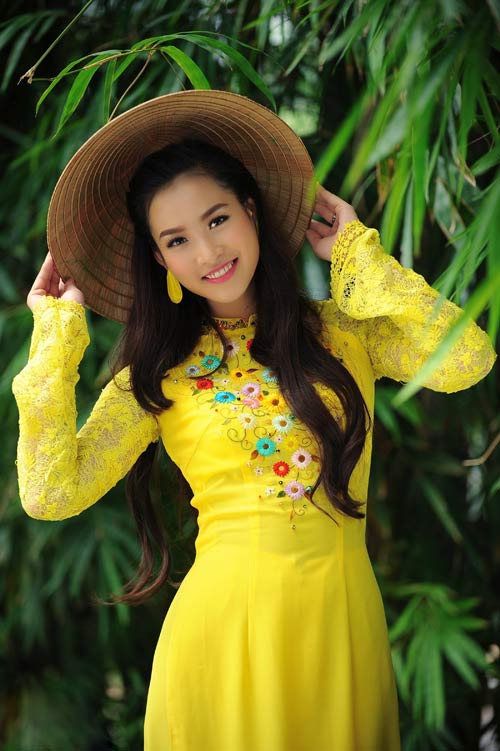 vuong thu phuong diu dang sac hoa mai - 2