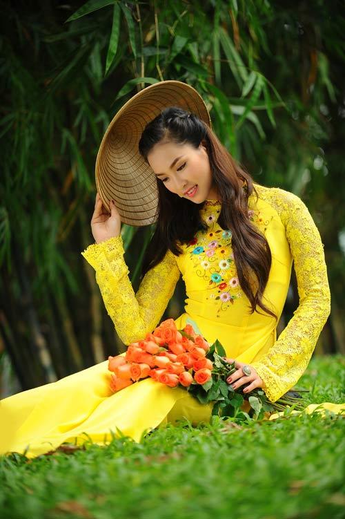 vuong thu phuong diu dang sac hoa mai - 9