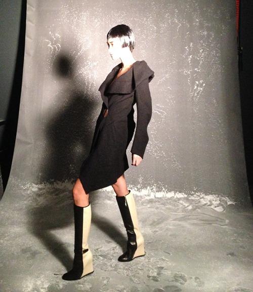 trang khieu tang toc truoc them london fashion week - 10