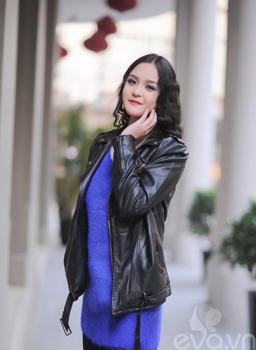 Xuống phố ngày lạnh, HH Việt chuộng áo da-5