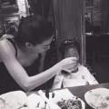Làng sao - Hà Hồ làm cô giáo mầm non, chăm con cực khéo