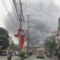 Tin tức - HN: Cháy dữ dội tại làng lụa Vạn Phúc