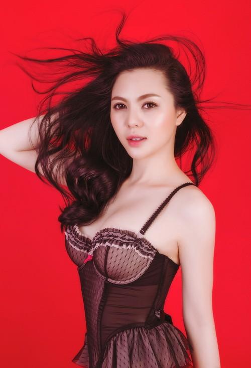Á hậu Trà Giang sexy hết cỡ với bikini - 9