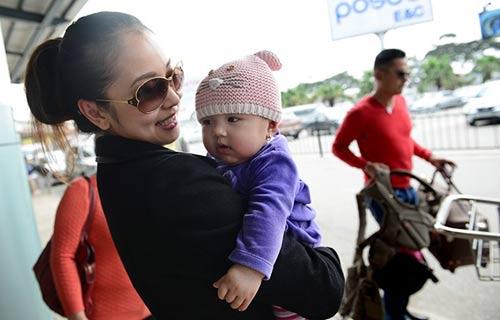 Jennifer Phạm khoe ảnh cận mặt con gái-2