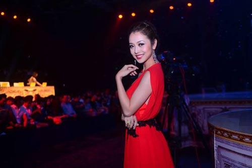 Jennifer Phạm khoe ảnh cận mặt con gái-4