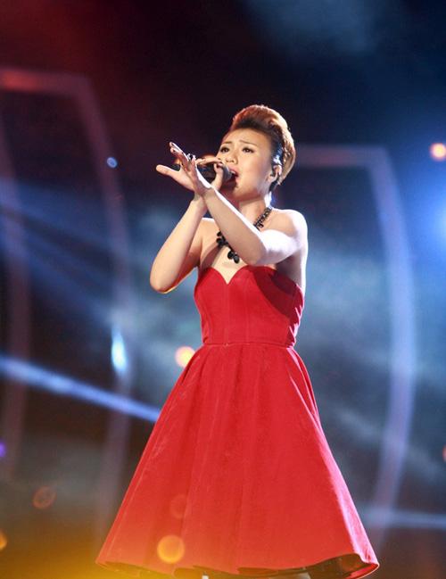 """bgk vietnam idol 2013 """"uu ai"""" nhat thuy - 5"""