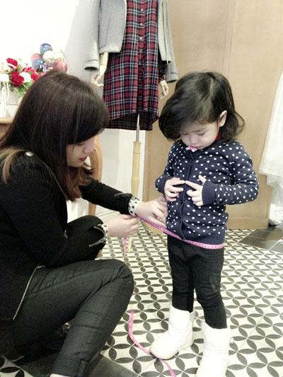 Mê mệt nét dễ thương con gái Lưu Hương Giang - 6