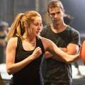 Xem & Đọc - Cuộc đối đầu kịch liệt trong Divergent - Dị biệt