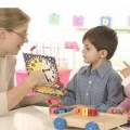 Tin tức - Cấm dạy ngoại ngữ cho trẻ: Phụ huynh phản pháo