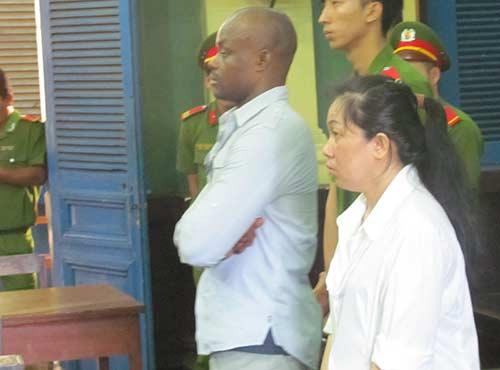 cap doi buon 'hang trang' xay to am bi 29 nam tu - 1