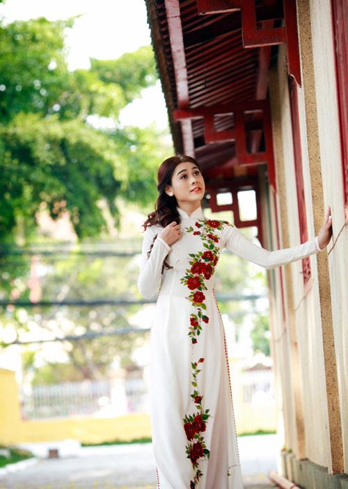 my nhan chuyen gioi duyen dang vói ta áo dài - 2