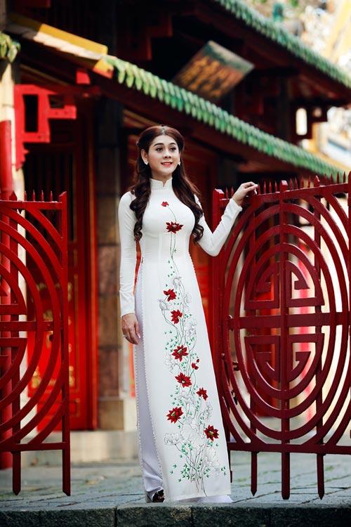 my nhan chuyen gioi duyen dang vói ta áo dài - 4