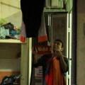 Tin tức - 1001 cách người HN phơi quần áo khi trời nồm
