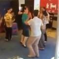 Tin tức - Hot clip các cô U50 nhảy Con bướm xuân