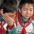 Tin tức - Cậu bé lớp 7 một mình nuôi anh chị ngớ ngẩn