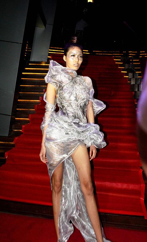 quynh paris tu hao vi len song fashion tv - 8