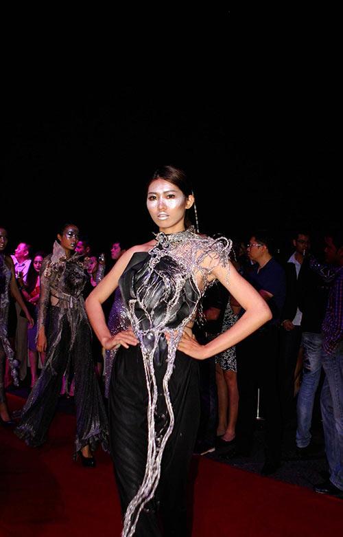 quynh paris tu hao vi len song fashion tv - 3