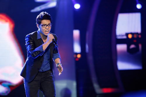 """vn idol: nhat thuy tro thanh """"con ac mong"""" - 9"""