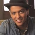 Xem & Đọc - Lộ clip Bruno Mars lồng tiếng trong RIO 2