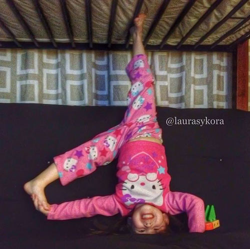 me 2 con dang dep hon mau nho yoga - 11