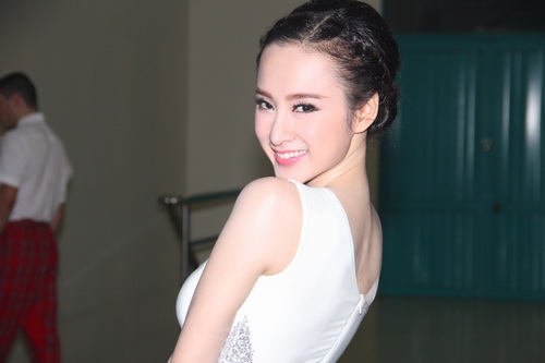 "angela phuong trinh: ""se tham gia bnhv 2015"" - 6"