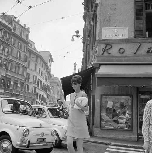loat anh street style quy gia cua audrey hepburn - 17