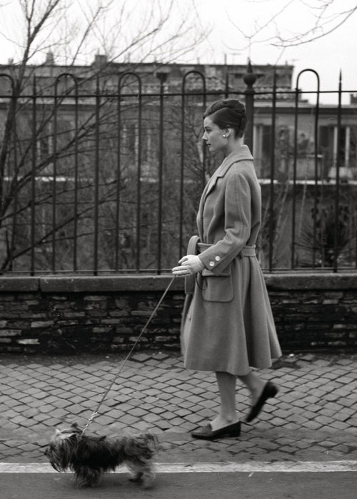 loat anh street style quy gia cua audrey hepburn - 4