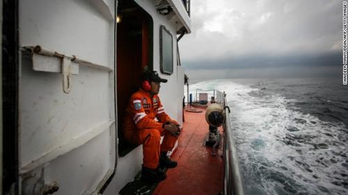 7 cau hoi lon xung quanh su bien mat bi an cua mh370 - 3