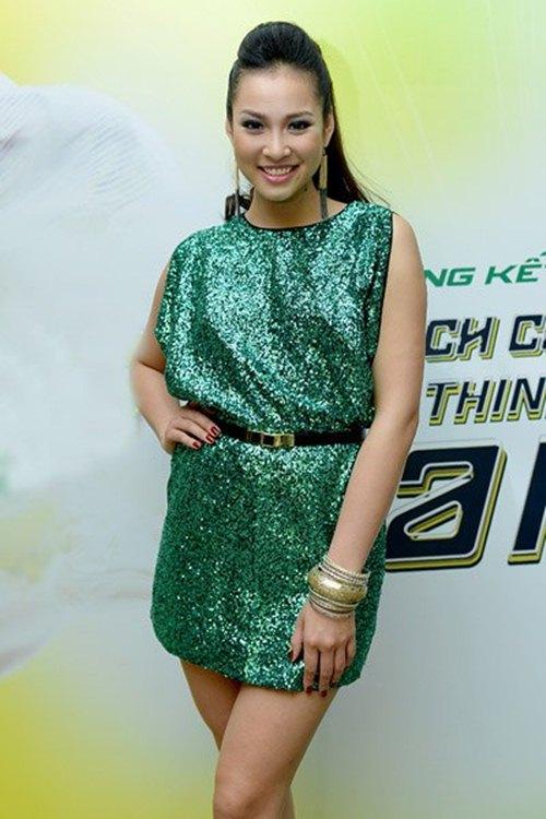 """gu thoi trang """"lot xac"""" cua vuong thu phuong - 6"""