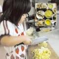 Làm mẹ - Mẹ mất, bé 5 tuổi nấu ăn chăm bố