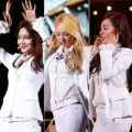 """Làng sao - SNSD """"làm mưa làm gió"""" sân khấu HEC Korea Festival"""