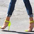 """Thời trang - Chọn """"người tình giày"""" cho quần jeans"""