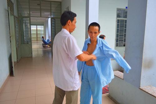 trai long cua luong y song cung benh nhan tam than - 1