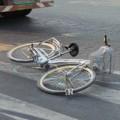 Tin tức - Học sinh lớp 6 chết thảm dưới bánh xe container