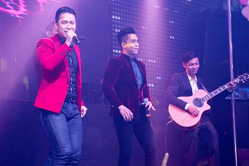 nathan lee banh bao, the men chap nhan huy show - 14