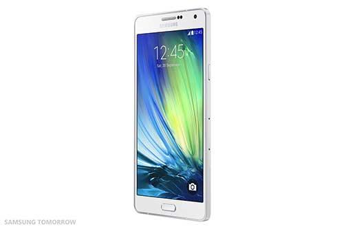 samsung ra mat galaxy a7: smartphone mong nhat cua hang - 3