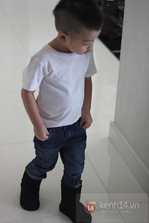 tuyen tap quan jeans chat lu cua con trai ho ngoc ha - 13